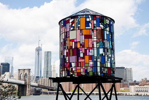 A Bolt of Blue - Tom Fruin : the Water Tank Project