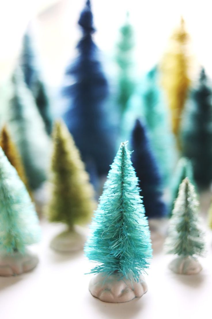 A Bolt of Blue - DIY Bottle Brush Christmas Trees!
